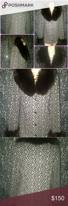 🔮VINTAGE 50s 60s FOX ? FUR GLAM DIVA SWEATER COAT OH MY MY, this is a TRUE VINTAGE BEAUTY 2 TREASURE!~this collar & cuffs are MASSIVE with what i believe is possibly DYED GENUINE FOX? FUR(I'm not a fur expert~i just know it's 100% REAL FUR~not rabbit or mink ~its SO VERY SOFT~SUPPLE & FLUFFY to the touch!) you also have 4 GORGEOUS VINTAGE FACET CUT black acrylic buttons & the acrylic blend sweater shell has a FAB MOD OP ART pattern through out~there is no label or size tag to be had but…