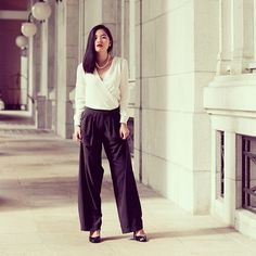 Getting a bit mature in recent outfit post on www.stateofzeanvo.com #outfit #ootd #ootn #outfitoftheday #ootdmagazine #blackandwhite #black #white #classic #classy #fashion #fashionista #fashionblog #fashionblogger #singaporefashionblog #singaporestreetstyle #streetstyle #onthestreet #sozv #stateofzeanvo #todayzeanwear #clozette #trend #style
