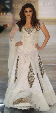 Aishwarya Rai. #gown #wedding #dress #bridal
