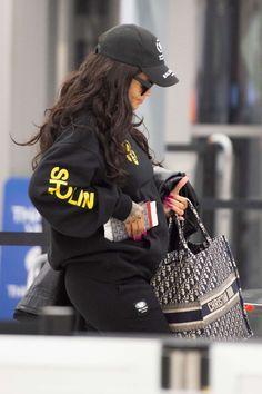 Rihanna in Tights at JFK Airport in New York Rihanna Fenty ff8644e60c7d