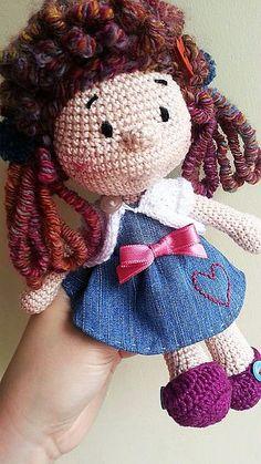 http://www.ravelry.com/projects/Elif0427/juliette