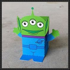 Disney Pixar: Toy Story – Alien Free Paper Toy Download | PaperCraftSquare.com