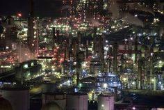 Chemical Plants at Night, This photo was taken on November 6, 2010 in Kasumi 2 Chome, Yokkaichi-shi, Mie Prefecture, JP, using a Nikon D90.  by Schiffe