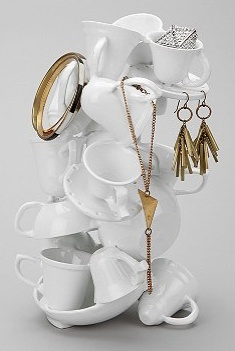 I saw this at Urban Outfitters and thought it was darling. How creative is that?! I want to re-create something like this with vintage tea cups finds at garage sales, flea markets or second hand stores.