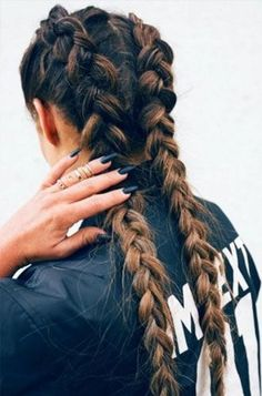 2 braids in ombre hair is so pretty My Hairstyle, Messy Hairstyles, Pretty Hairstyles, Hairstyle Ideas, Travel Hairstyles, Summer Hairstyles, Clubbing Hairstyles, French Plait Hairstyles, Camping Hairstyles