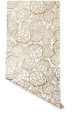 beautiful gold and white wallpaper. would looks amazing in a bathroom. especially with a high gloss back table, lucite tray, gold mint julep cup with flowers, and a pop of color.