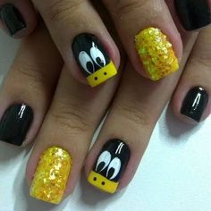 Cool sparkly and funky nails! Cute Acrylic Nails, Cute Nail Art, Nail Art Diy, Gel Nails, Duck Nails, Yellow Nail Art, Animal Nail Art, Nails For Kids, Disney Nails