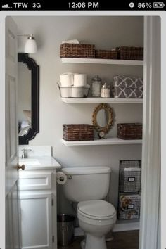 Bathroom - small space organizing