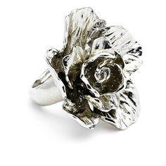 Women's Oscar De La Renta 'Bold Flower' Ring (5 170 UAH) ❤ liked on Polyvore featuring jewelry, rings, silver, rose ring, silver jewelry, silver jewellery, silver flower ring and flower cocktail ring