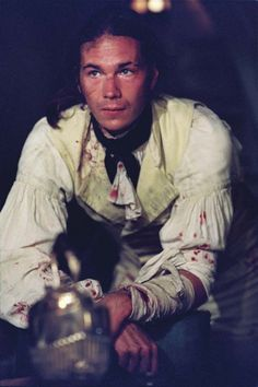 James D'Arcy as 1st Lieutenant Tom Pullings in Master and Commander.