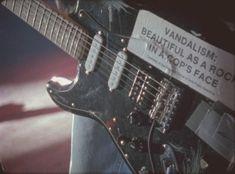 guitar, grunge, and kurt cobain image Music Aesthetic, Aesthetic Grunge, Aesthetic Style, Aesthetic Black, Playlists, Organization Xiii, Arte Grunge, El Rock And Roll, Vintage Rock