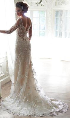 #ClippedOnIssuu from The Knot Fall 2014  Maggie Sottero