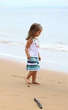 Hambro   Miller - Traditional hand knitted clothing for children ... 1038622c011d