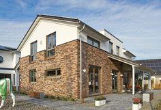 Typisch Gussek Haus: die hochgedämmte luftdichte Gebäudehülle mit vorgemauerter Klinkerfassade.