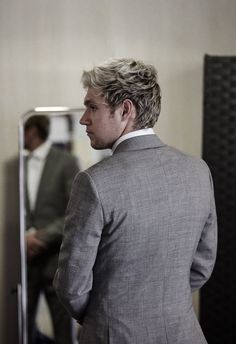 Gongrats Niall on ur new song this town ilysm and I'm so proud of u❤️