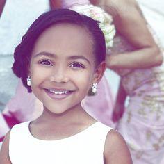 Flower girl love ♥♥ #sterlingbrides 6784299800 photosbysterling@gmail.com