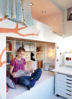 Slik gir du tenåringsrommet et kult interiør Bed Storage, Girls Bedroom, Kids Room, Interior, Furniture, Loft Beds, Home Decor, Siblings, Lisa