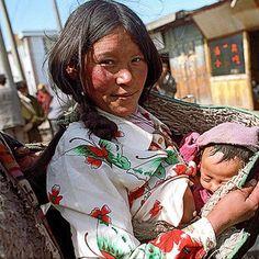 ❤️ Newborn + Mother's Love #TibetanBabies #TibetanMothers Somewhere Amdo, TIBET #TibetanFamilies  facebook.com/TibetanPortraits ༜~࿂~༜~࿂~༜~࿂~༜~࿂~༜~࿂~༜~࿂ #TibetanPortraits #Phayul #Tibet #Tibetan #Kham #UTsang #Amdo ༜~࿂~༜~࿂~༜~࿂~༜~࿂~༜~࿂~༜~࿂ Photography by ©Raul Gutierrez ༜~࿂~༜~࿂~༜~࿂~༜~࿂~༜~࿂~༜~࿂ ☀️ #DalaiLama #Himalaya #MothersLove #Photoshoot #Portraits #WHPdreambig #People_Infinity #Globe_People #Profile_Vision #LonelyPlanet #Portraits_IG  #DiscoverPortrait #Earth_Portraits #Portrait_Per...
