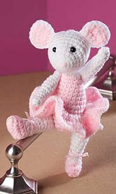Ravelry: Ballerina Mouse pattern by Yvonne Odegard - $3.50 download.