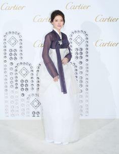 Hanbok dress up.