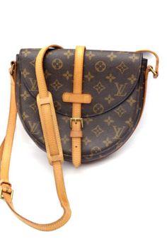 Vintage-Louis-Vuitton-Chantilly-MM-Monogram-Crossbody-Bag