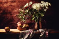Davide Solurghi Photography - Recent Work - Apples & figs of India | Thank you so much for the visits, favs and comments :)  ©Davide Solurghi All Rights Reserved #stilllife #indoor #inside #studio #Flowers #wood #table #Apples #backdrop #wooden #furniture #earthenware #figs #india #daisies #copper #indoor #inside #studio #nature_morte #natura_morta #food #cibo #fiori