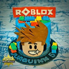 Roblox Cake Roblox Birthday Cake, Roblox Cake, Cute Birthday Cakes, 9th Birthday Parties, Boy Birthday, Cake Decorating Techniques, Cakes For Boys, Girl Cakes, Chocolate Flavors