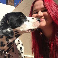 Eu & ela... grudinhos.@dalmatacookie 💜......#dalmata #dalmatian #doglovers #dogstyle #dalmatas #diadafofura #dalmataslove #caofeliz #amordecao  #caopanheiro #funnydog #bestdog #dogbrasil #petlovebrasil #amocachorro #cachorroetudodebom