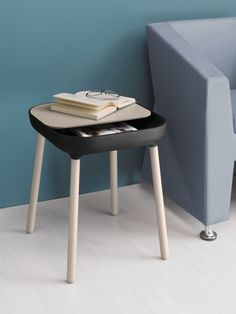 Radice Orlandini design studio has come up with a new ironic and elegant side table for Italian company Domitalia. The small APP table takes its name and look from the world of smart phones' Apps.