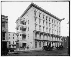 Hotel-Saint-John-resorts-buildings-inn-street-Charleston-South-Carolina-SC-c1905