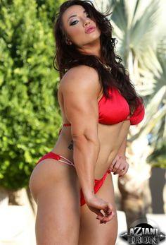 http://www.muscle-girls.net/