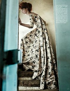 A(z) 21 legjobb kép a(z) Átlátszó PVC ruha ötlet fotózáshoz táblán ... 1df73cf3ba