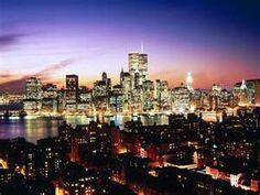 Lower Manhattan, New York City, New York, as seen over Brooklyn Heights New York Wallpaper, World Wallpaper, City Wallpaper, Wallpaper Desktop, Wallpaper Ideas, Wallpapers, Manhattan New York, Lower Manhattan, Manhattan Night