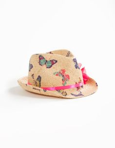 Looks like an Ellie hat to me Painted Hats, Hat Decoration, Mad Hatter Hats, Western Chic, Summer Hats, Kids Hats, Hippie Chic, Sewing Clothes, Sun Hats