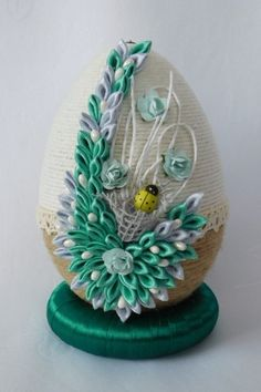 Egg Crafts, Easter Crafts, Easter Projects, Projects To Try, Quilling Instructions, Faberge Eggs, Egg Art, Shell Art, Some Ideas