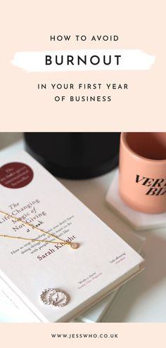 Run your own business and constantly struggling with feelings of exhaustion? I'm sharing my top tips on how to avoid burnout in your first year as a business owner! Creative Business, Business Tips, Online Business, Going Self Employed, Online Entrepreneur, Starting Your Own Business, First Year, Business Branding, How To Start A Blog