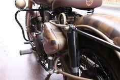 Voici quelque exemples de préparations Royal Enfield. - Royal Enfield Classic Despatch Bullet Modified, Bullet Bike Royal Enfield, Lord Shiva, Buy Shoes, Voici, Shoes Online, Shiva