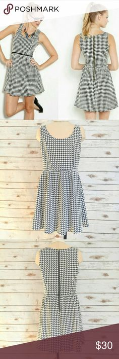 Collective Concepts Ash Houndstooth Dress Collective Concepts Ash Houndstooth Scoop Neck Dress  Size S in great condition. Purchased from Stitchfix. This has a little stretch, very cute and perfect for summer. Does not come with belt shown in first stock photo. Collective Concepts Dresses Mini