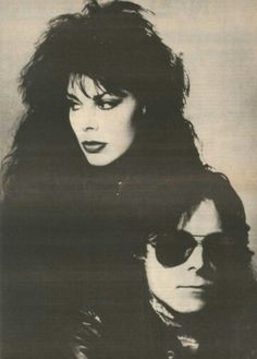 Patricia Morrison and Andrew Eldritch.