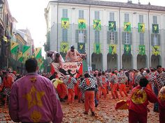 Battle of the Oranges fest at Ivrea in Italy