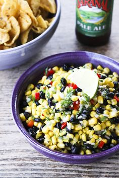 Simple Sweet Corn and Black Bean Salsa packs a ton of flavour with very little effort. Steak Tacos, Salsa Verde, Salsa Salsa, Healthy Snacks, Healthy Eating, Healthy Recipes, Easy Recipes, Black Bean Corn Salsa, Sweet Corn Salsa