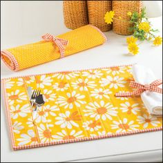 Renew Old Ideas -- Take-Along Place Mat with free tutorial.