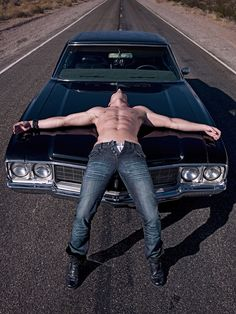 Jensen Ackles and the chevy.... *drool*