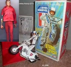 Evel Knievel Stunt Cycle - one of my favorite toys! Vintage Toys 1970s, 1970s Toys, Retro Toys, Vintage Stuff, Vintage Dolls, Vintage Items, Childhood Toys, Childhood Memories, Evel Knievel Toys