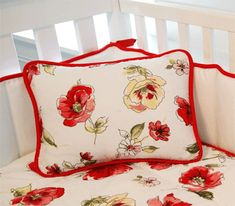 Floral Bedroom Decorating Theme, Poppy Bedding