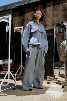 Natasha Zinko Resort 2020 Fashion Show Fashion Line, Daily Fashion, Fashion Show, Fashion Design, Fashion Trends, Runway Fashion, Style Fashion, Vogue Paris, Fashion Sketchbook