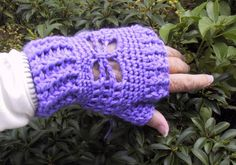 20 Inspiring Crochet Patterns to Practice Butterfly Stitch: Suzie's Butterfly Mitts Free Crochet Pattern