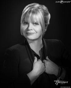 Isabelle Nanty, portrait par le Studio Harcourt Paris.