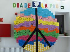 Peace Crafts, Class Decoration, Remembrance Day, What Inspires You, World Peace, Kids Education, Christmas Crafts, Arts And Crafts, Classroom