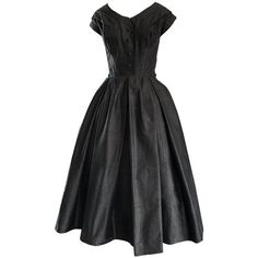 Preowned Rare 1950s Christian Dior Haute Couture ' New Look ' Vintage... ($5,875) ❤ liked on Polyvore featuring dresses, black, cocktail dresses, vintage dresses, full skirts, tailored dresses, preowned dresses and pre owned dresses